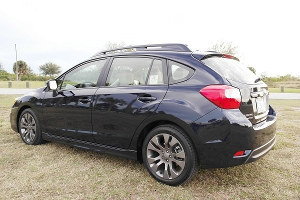 Wagon Love 2014 Subaru Outback 2 5i Limited Vs Impreza 2