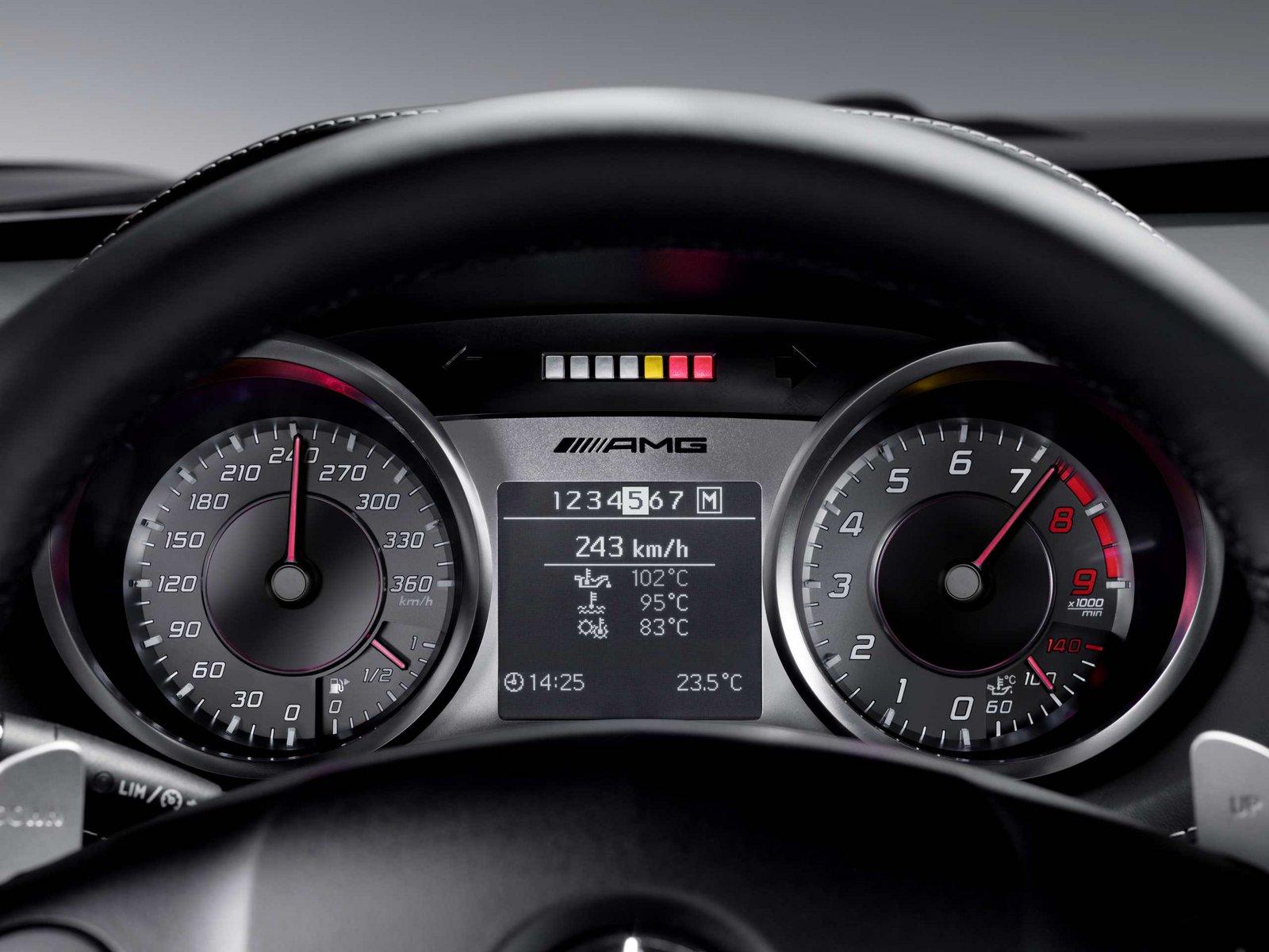 Wednesday Wallpaper: Mercedes-Benz SLS AMG - Speed:Sport:Life