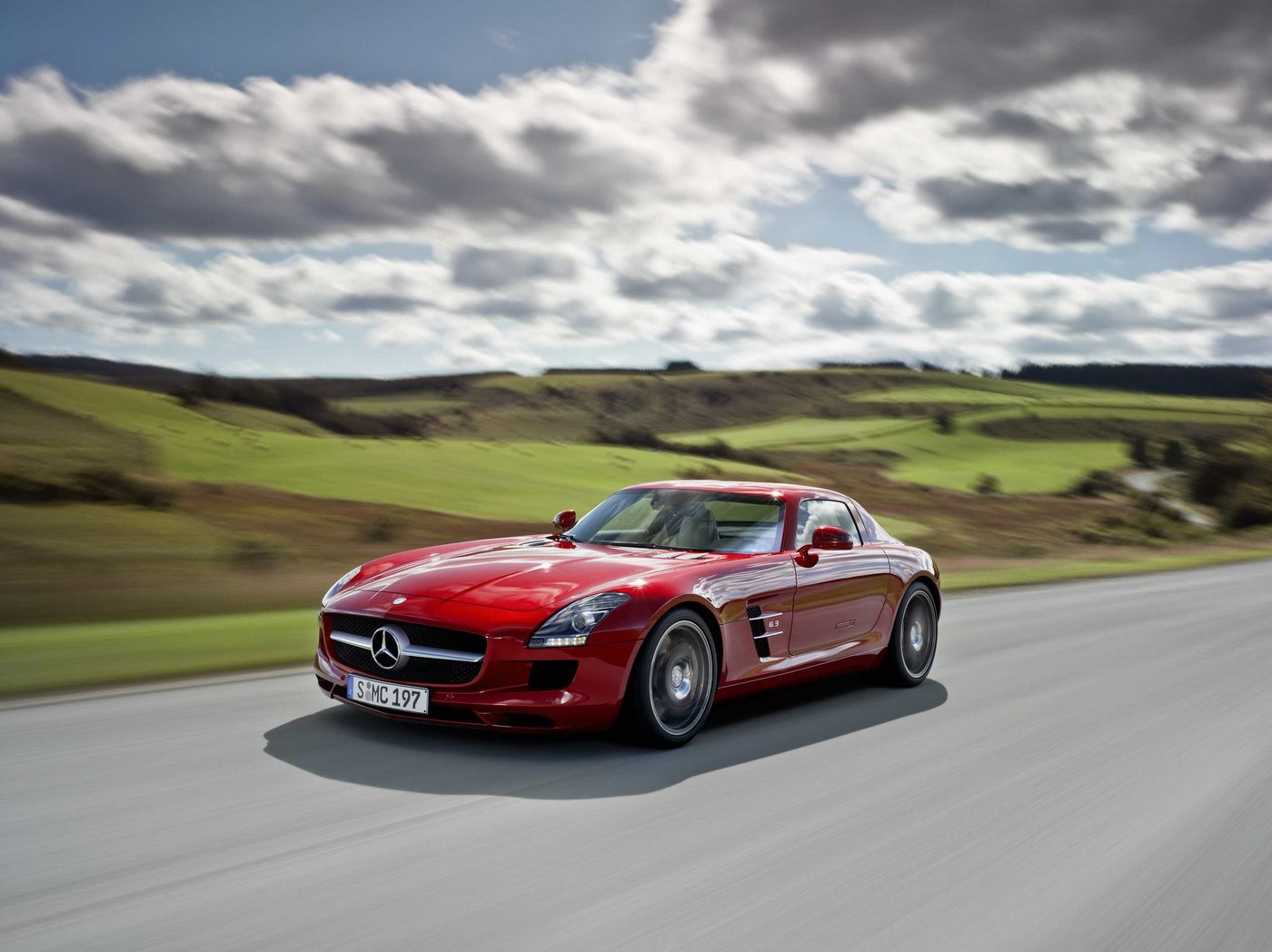 wednesday wallpaper mercedes benz sls amg speed sport life. Black Bedroom Furniture Sets. Home Design Ideas